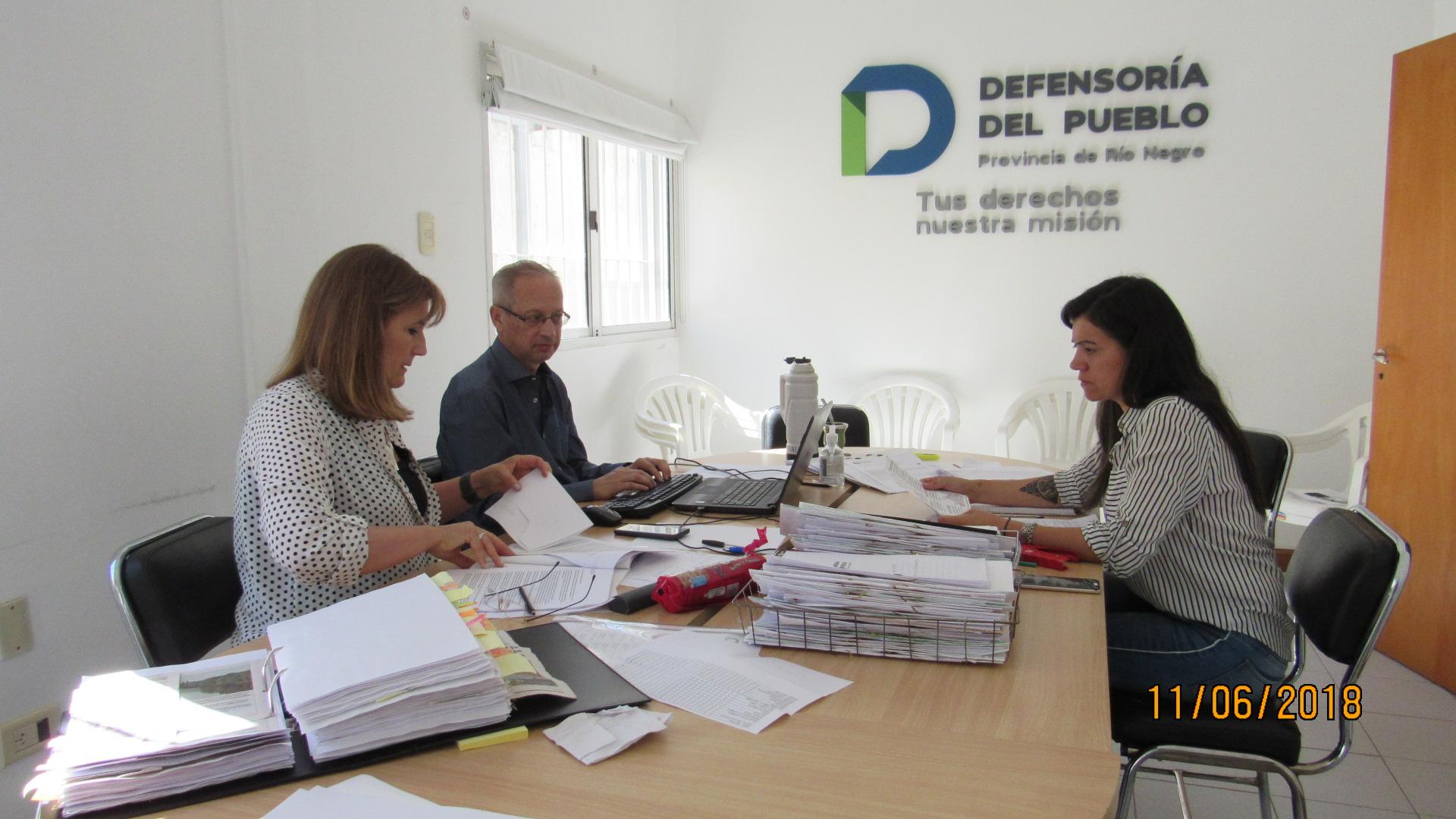 Santagati y su equipo trabajan en la realización del Informe Anual sobre las acciones llevadas adelante por el organismo de control.