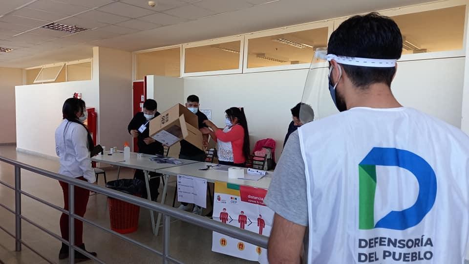 La Defensorìa del Pueblo monitoreó el proceso eleccionario de Bolivia en Viedma