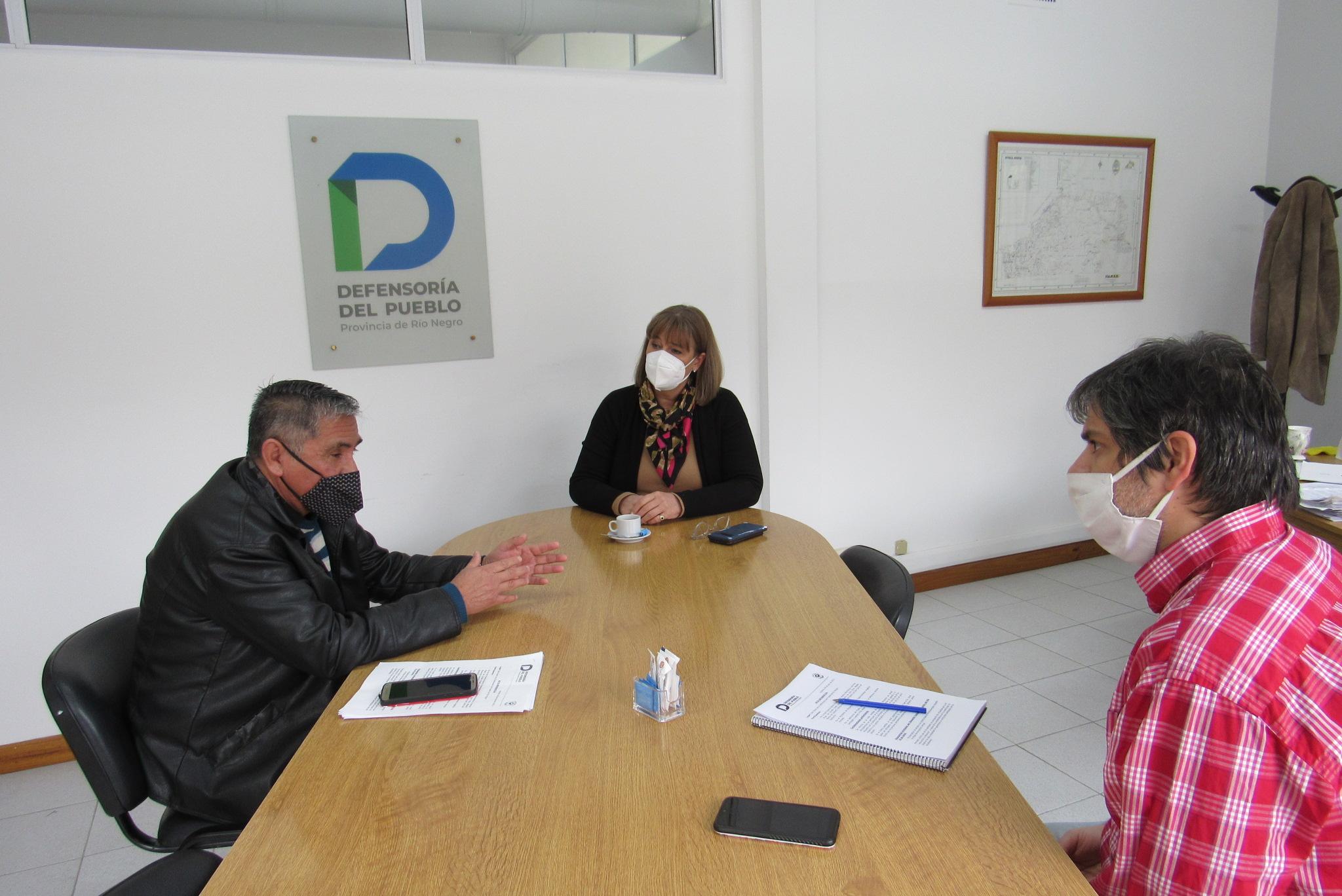 Educación: Santagati recibió al representante de padres y madres del Consejo Provincial de Educación