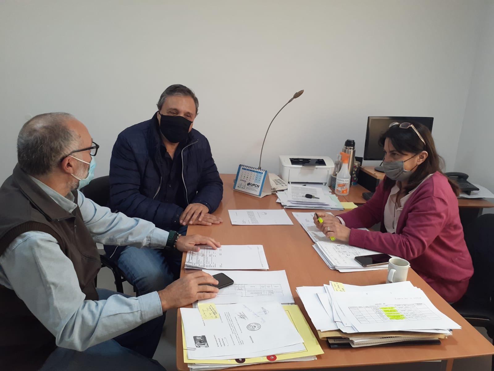 Reunión del defensor adjunto con la interventora del IPPV